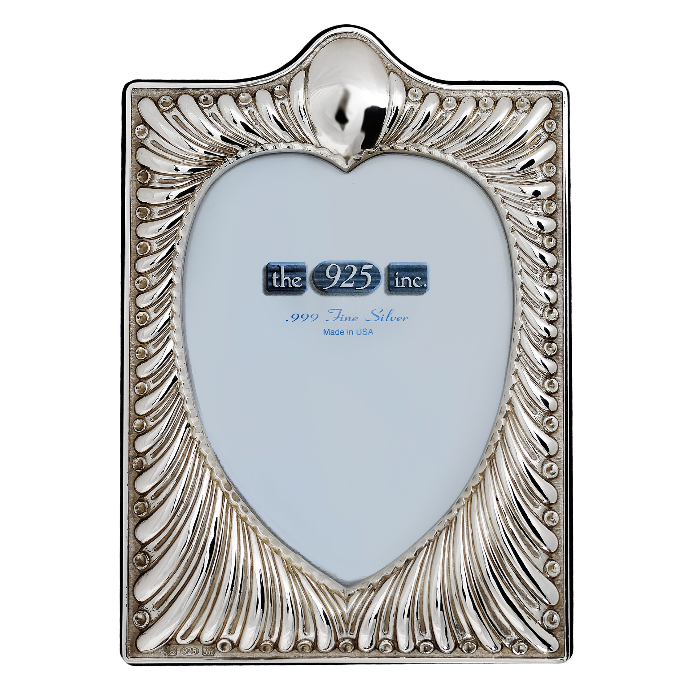 #210 Fluted Heart Silver Frame Image
